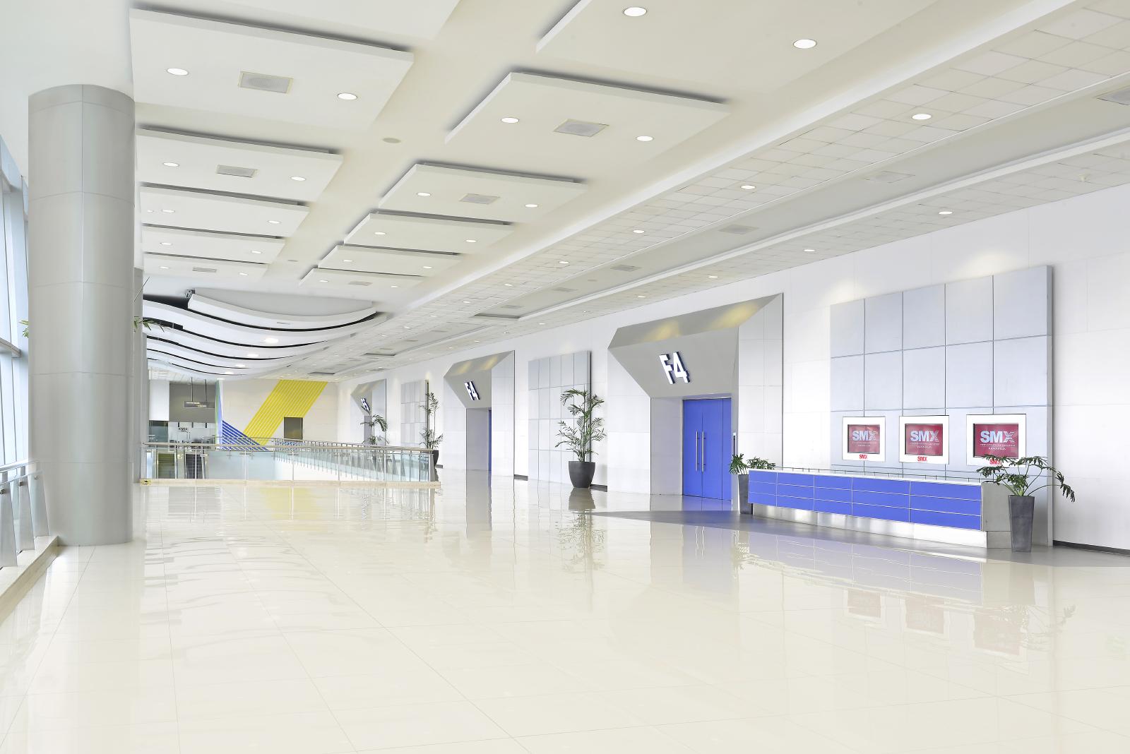 SMX-MANILA_2nd-Floor-Pre-function-Lobby